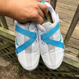 Nike Shoes - 📣 Nike Cheerleading Shoe📣